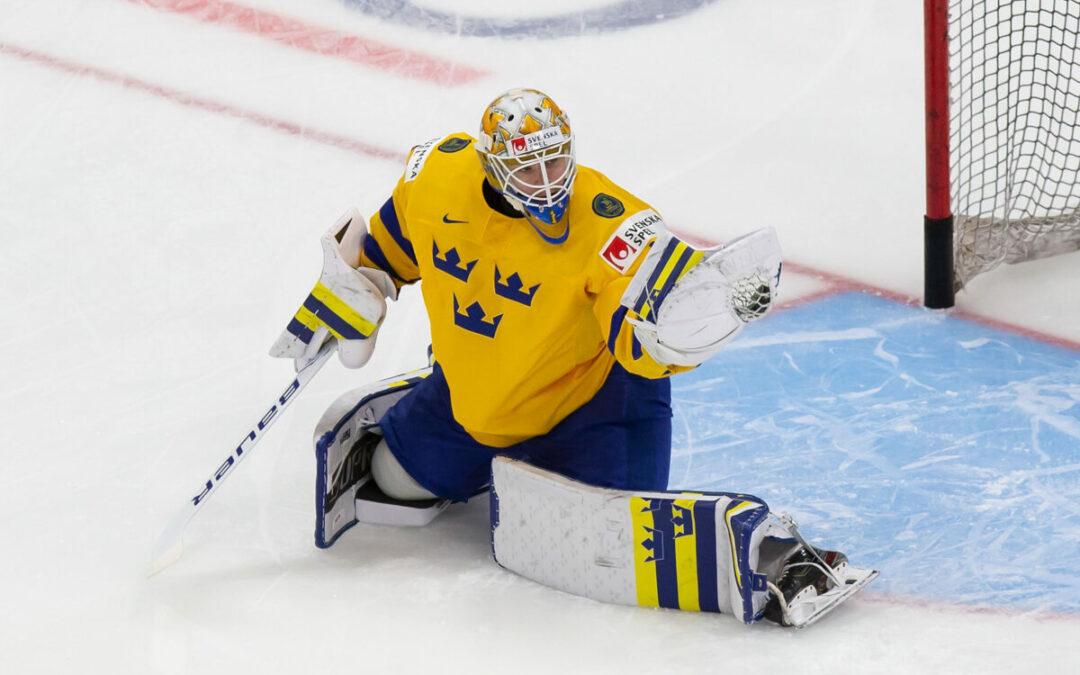 NHL Mock Draft 2021: Owen Power First Overall?